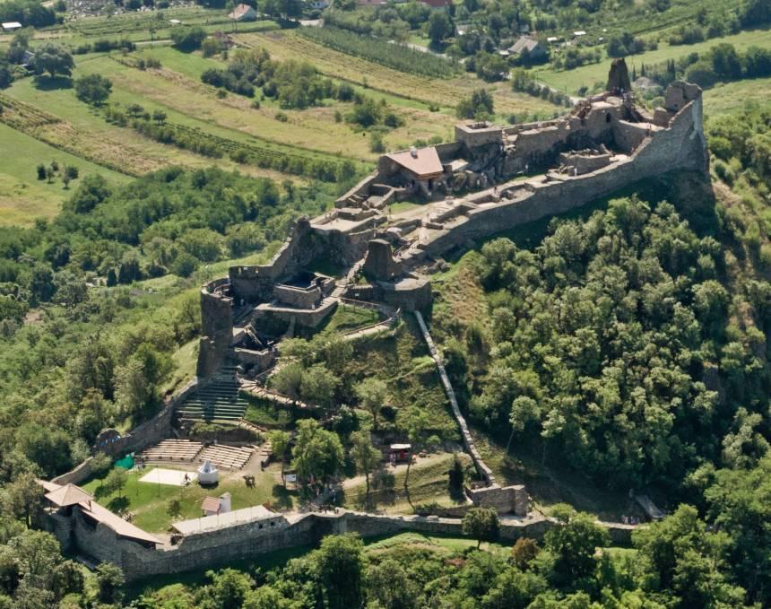 1363195889_0!!-!!Szigliget Castle