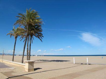 Las-Arenas-beach