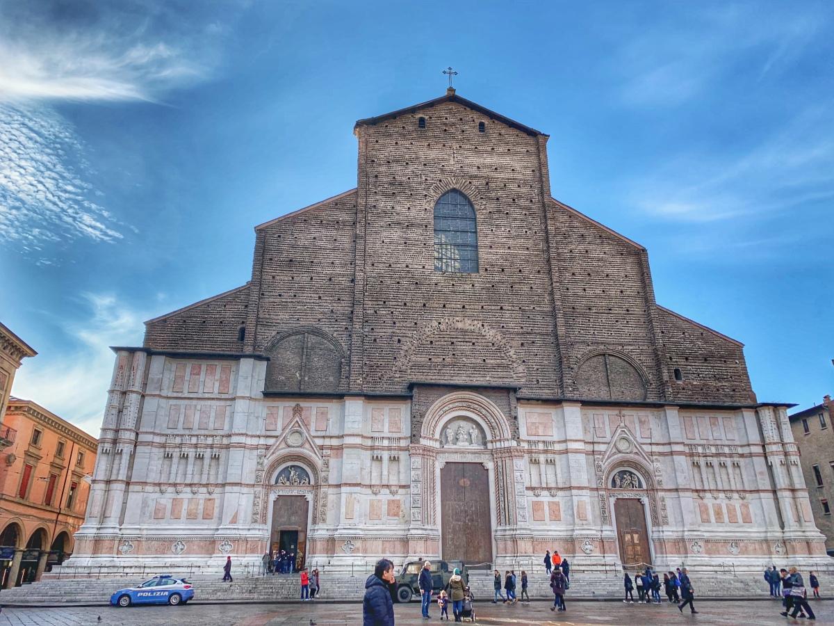 Bologna - numărul 1 destinație culinară în Italia